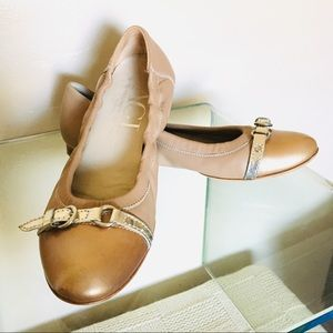 AGL Leather Cap Toe Ballet Flat Tan Slvr Combo